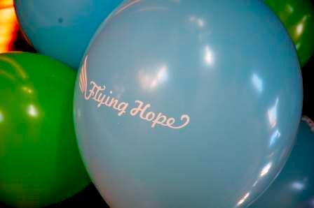 """LIONS Club Düsseldorf unterstützt Flying Hope """"Das singende Klavier"""""""