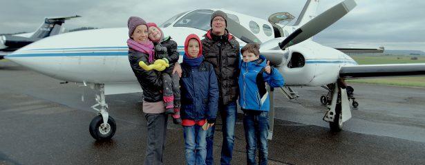 Mila und ihre Geschwister unterwegs mit Flying Hope