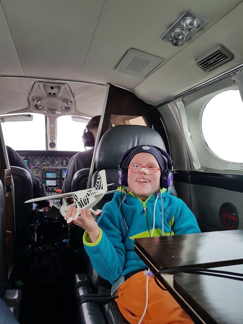 Frederik fliegt nach Hause