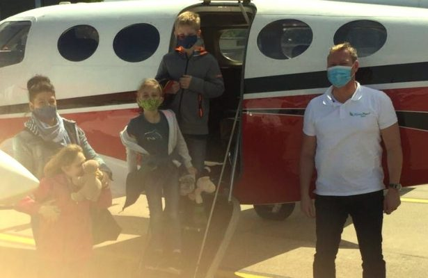 Lenja fliegt nach Hause