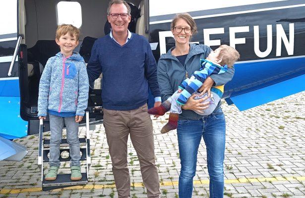 Gustav und Johann fliegen nach Hause